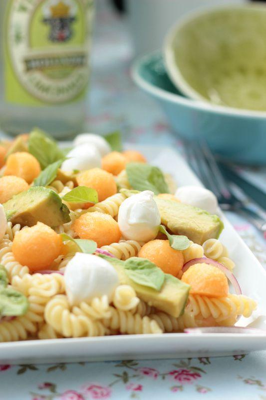 Nudelsalat mit Melone,Avocado und Mozzarella 6