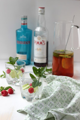 Gin - Pimm`s Cup - Cocktail of the Week 24