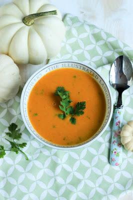 Süßkartoffel-Karottensuppe mit Curry und Kokosmilch 1