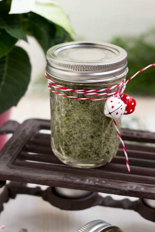 Basilikumsalz und Glühweinzucker - Geschenke aus der Küche + Freebie