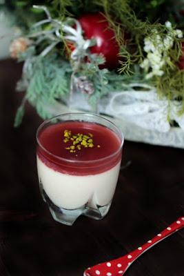 Chai-Buttermilch Panna Cotta mit Granatapfel Topping - Adventskalendertürchen Nr. 10 19