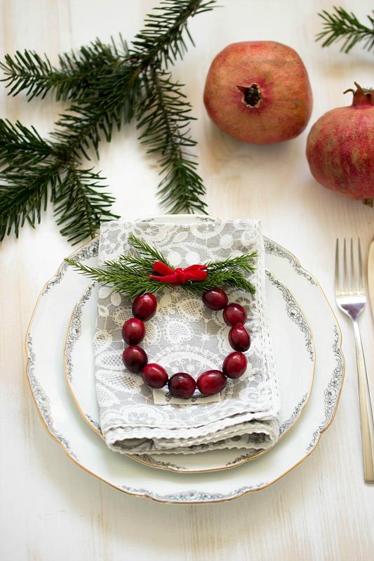 Adventskalender-Türchen Nr.4 /  DIY Mini Cranberry Kranz - schnelle Idee für weihnachtliche Tischdeko 23