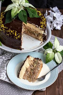 Walnuss-Birnen Torte mit Marzipanmousse 41