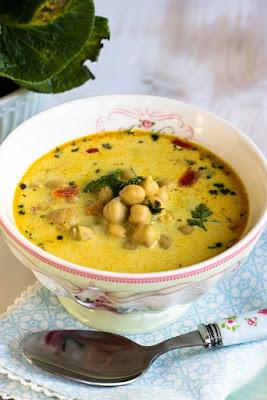 Schnelle,gesunde Kichererbsen Suppe mit Kokosmilch und vielen Gewürzen 2