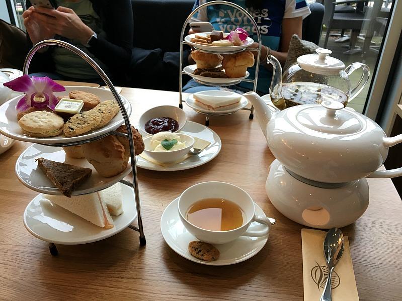 Bloggertreffen im Kölln Haferland , Tea-Tasting im Meßmer Momentum und das Rezept für die besten Earl Grey Muffins 95