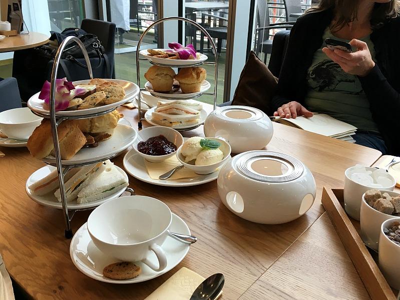 Bloggertreffen im Kölln Haferland , Tea-Tasting im Meßmer Momentum und das Rezept für die besten Earl Grey Muffins 96