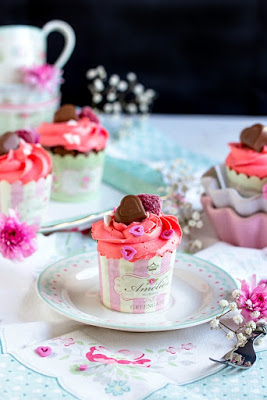 Himbeer-Schoko Cupcakes für Verliebte - eine Rezeptidee zum Valentinstag oder Muttertag 2