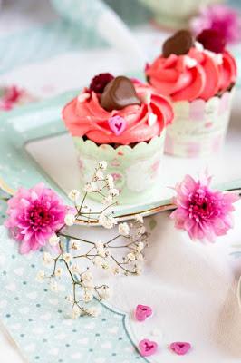 Himbeer-Schoko Cupcakes für Verliebte - eine Rezeptidee zum Valentinstag oder Muttertag 7