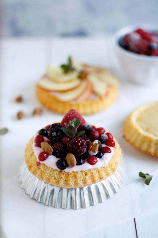 Biskuit-Törtchen mit Joghurt und Früchten (Gastbeitrag) 16