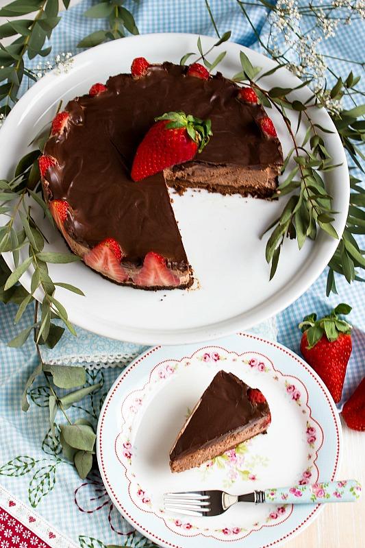 Glutenfreie Erdbeer-Schokomousse Torte 33