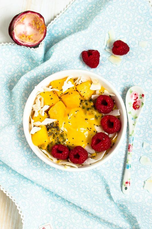 "Mango-Ananas Smoothie Bowl ""Mein Frühstücksglück"" 9"