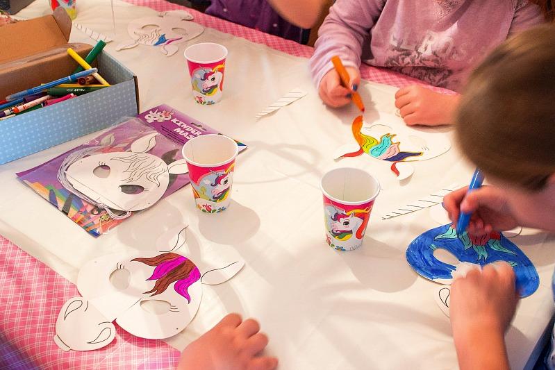 Ideen für eine tolle Einhorn / Regenbogen Party 42
