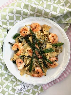 Pasta mit Garnelen und grünem Spargel 10