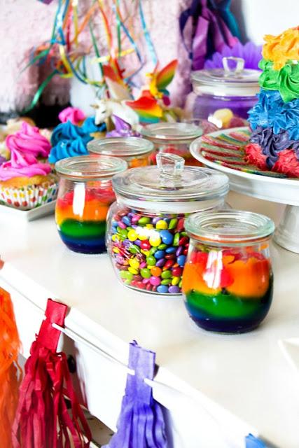 Ideen für eine tolle Einhorn / Regenbogen Party 17