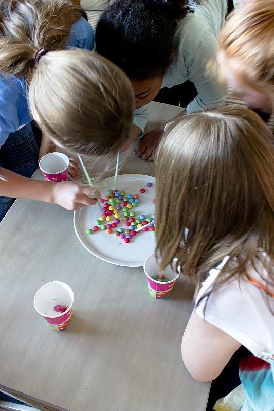 Ideen für eine tolle Einhorn / Regenbogen Party 44