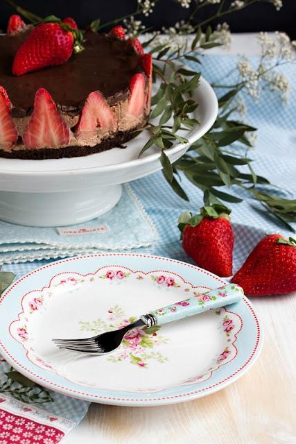 Glutenfreie Erdbeer-Schokomousse Torte 40