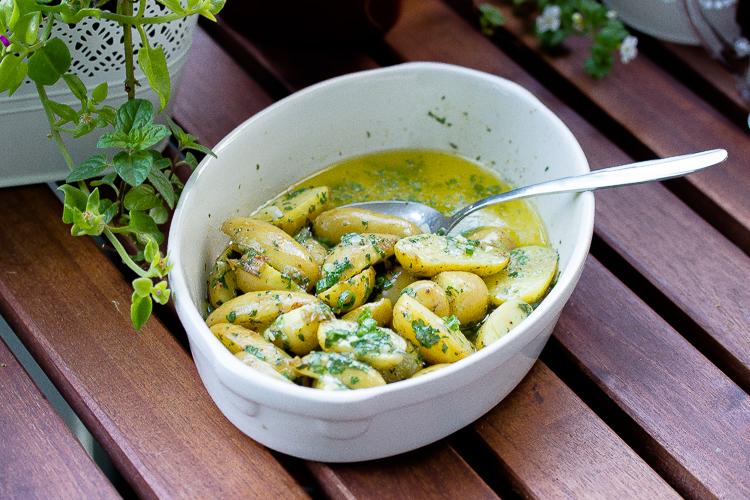 Parmesan-Kräuter Kartoffeln, eine tolle Beilage zum Grillen 17