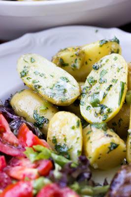 Parmesan-Kräuter Kartoffeln, eine tolle Beilage zum Grillen 22
