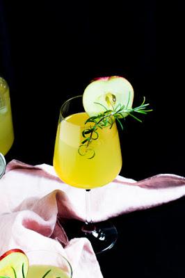 Apfel-Holunderblüten Gin Fizz - Sommerzeit ist Cocktailzeit 7
