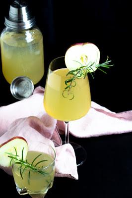 Apfel-Holunderblüten Gin Fizz - Sommerzeit ist Cocktailzeit 37