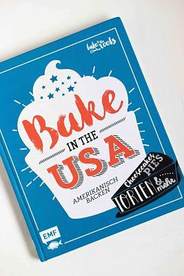 """Cremiger Blaubeer Pie mit Knusperstreuseln -""""Bake in the USA"""" ein Buch auf Reisen 37"""