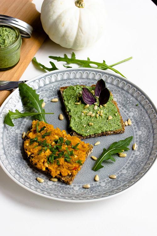 Kürbis-Nuss Brotaufstrich und Rucola-Parmesan Aufstrich 9