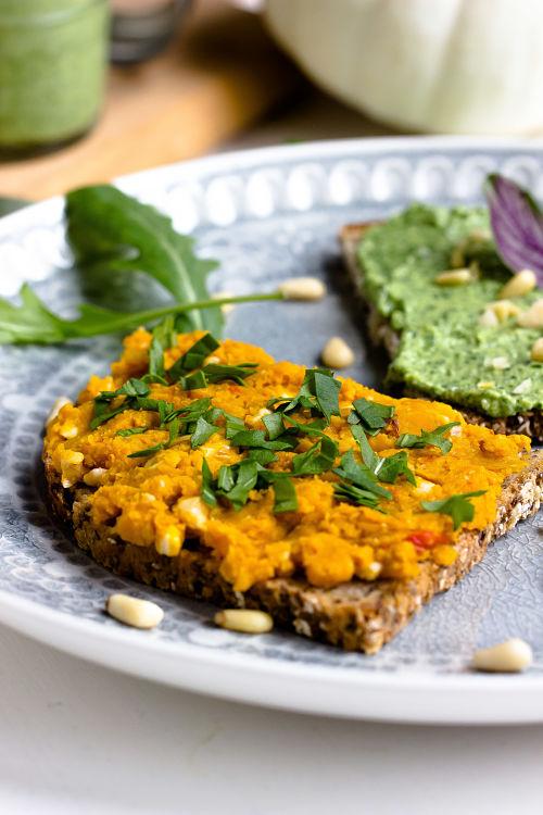 Kürbis-Nuss Brotaufstrich und Rucola-Parmesan Aufstrich 6