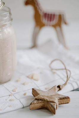 Weihnachtlicher Mandel-Erdnuss-Bananen Shake - Türchen 7 5
