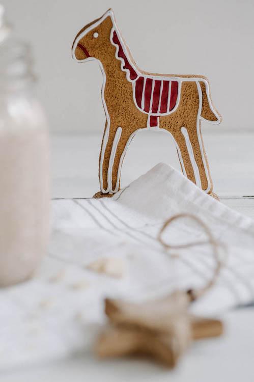 Weihnachtlicher Mandel-Erdnuss-Bananen Shake - Türchen 7 7