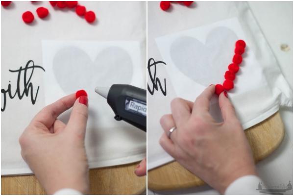 DIY IDEE POMPOMKISSEN + Plotter-Freebie /Adventskalendertürchen 6 4