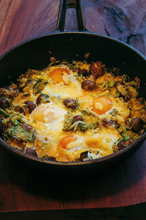 Gebackene Eier mit Rosenkohl, Pilzen und Cheddar Käse - Adventskalendertürchen 5 4
