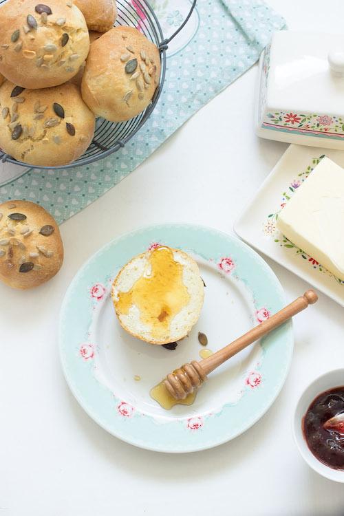 Einfache Sonntagsbrötchen - Mein Frühstücksglück 18