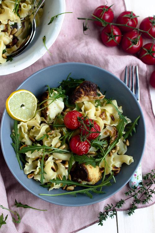 Pasta mit geröstetem Blumenkohl und Knoblauch-Zitronensauce - Pastaliebe im Januar 44