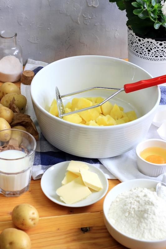 Rezept für finnische Kartoffelfladen zum Frühstück.