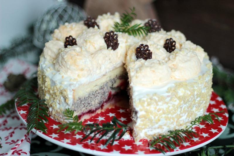 Marzipan Schneeballtorte mit Mohnmousse
