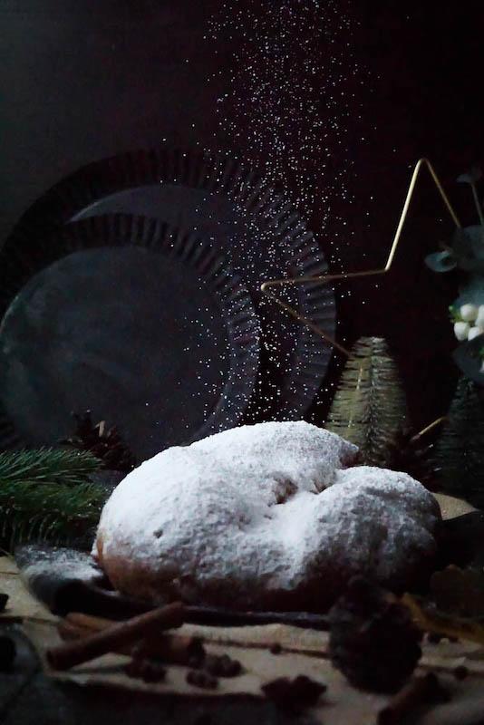 Aromatischer Weihnachtsstollen