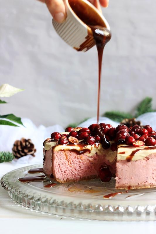 Cranberry Cheesecake mit Karamelsauce 5