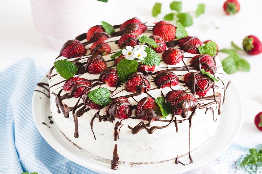 Erdbeertorte mit Holunderblütencreme Rezept