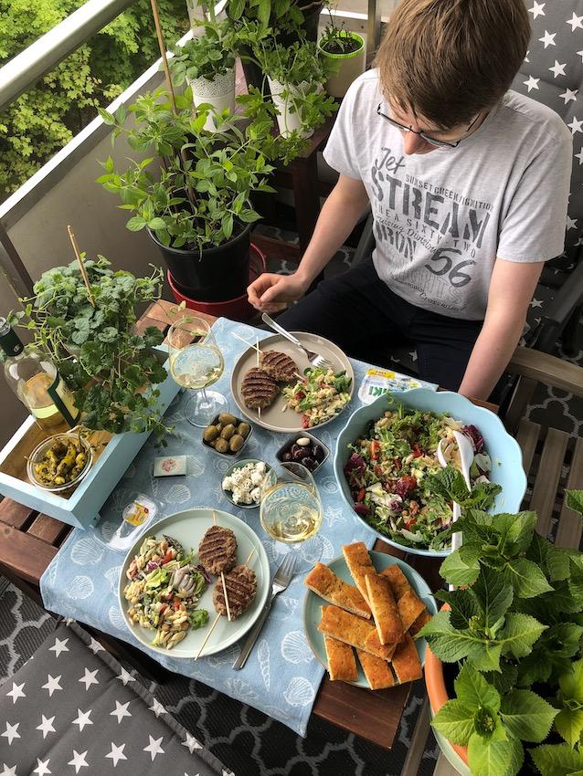 Kritharaki Salat mit Zaziki