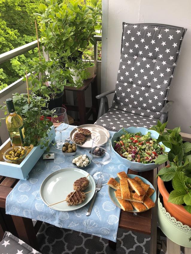 Kritharaki Salat mit Zaziki für ein griechisches Lebensgefühl 2