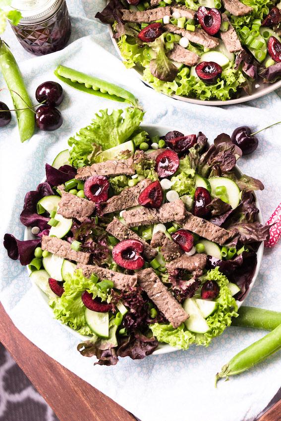 Salat mit Steakstreifen und Kirsch-Balsamico Vinaigrette 3