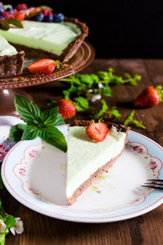 Erdbeertarte mit Waldmeister - ein frischer, sommerlicher Kuchen 1