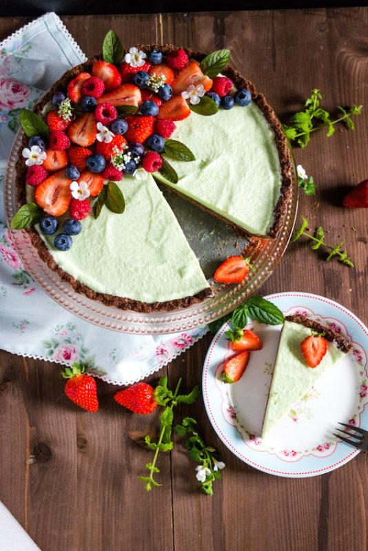 Erdbeertarte mit Waldmeister - ein frischer, sommerlicher Kuchen 2