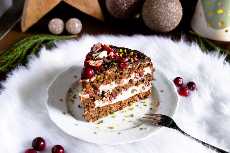 Nougat-Granatapfel Torte zu Weihnachten 4