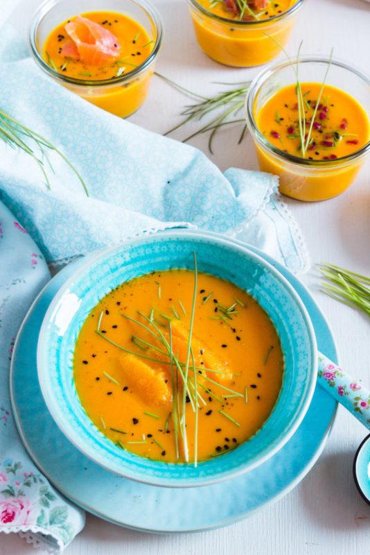 Aromatische Möhren-Orangen Suppe mit 4 Toppings 6