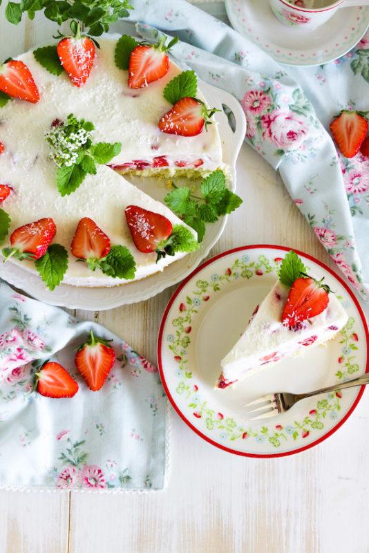 Aromatische Erdbeer Colada Torte 5